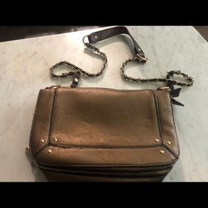 Robert Matthew crossbody bag